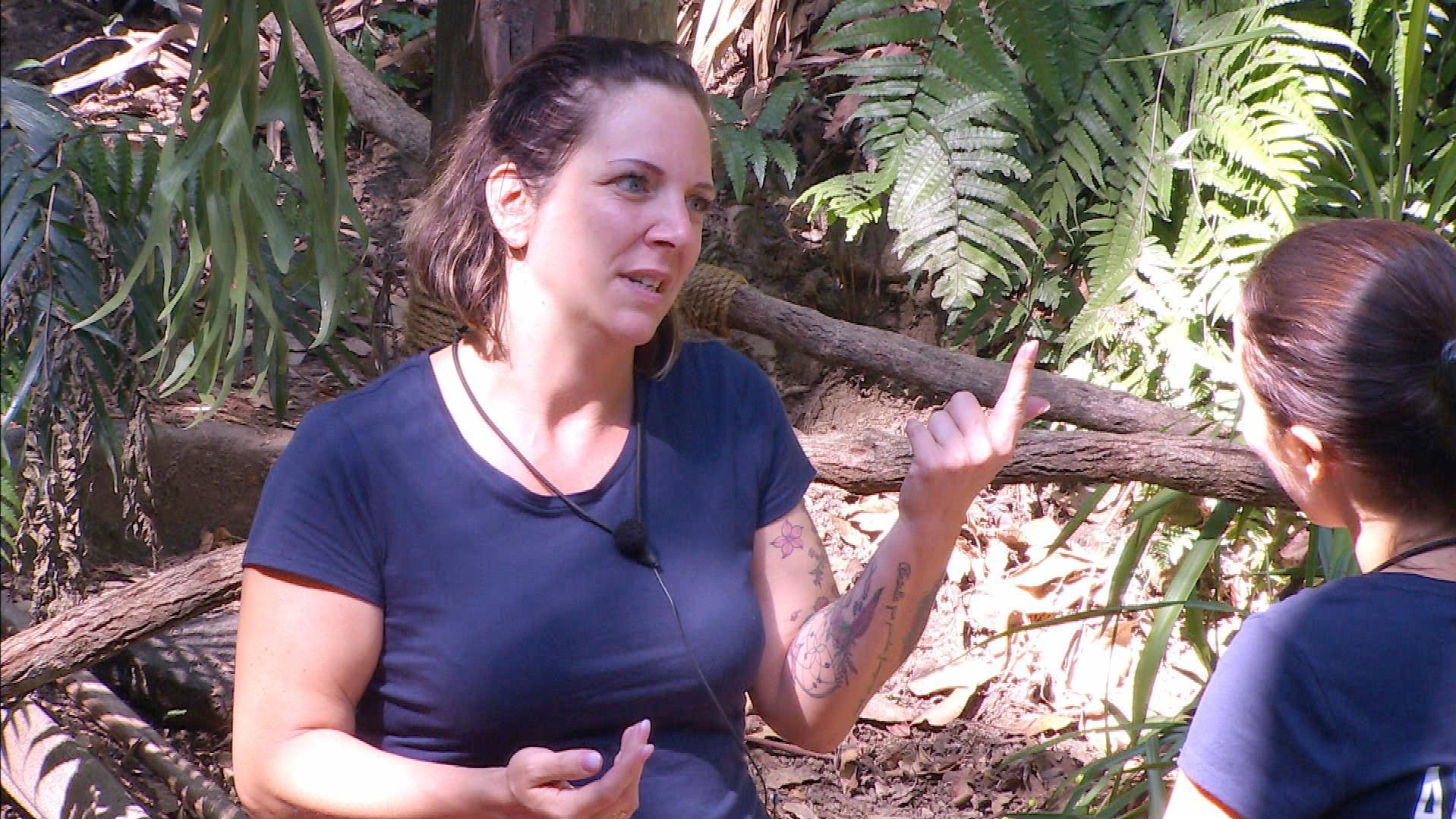 Dschungelcamp 2020: Anastasiya will sich bei Danni Büchner