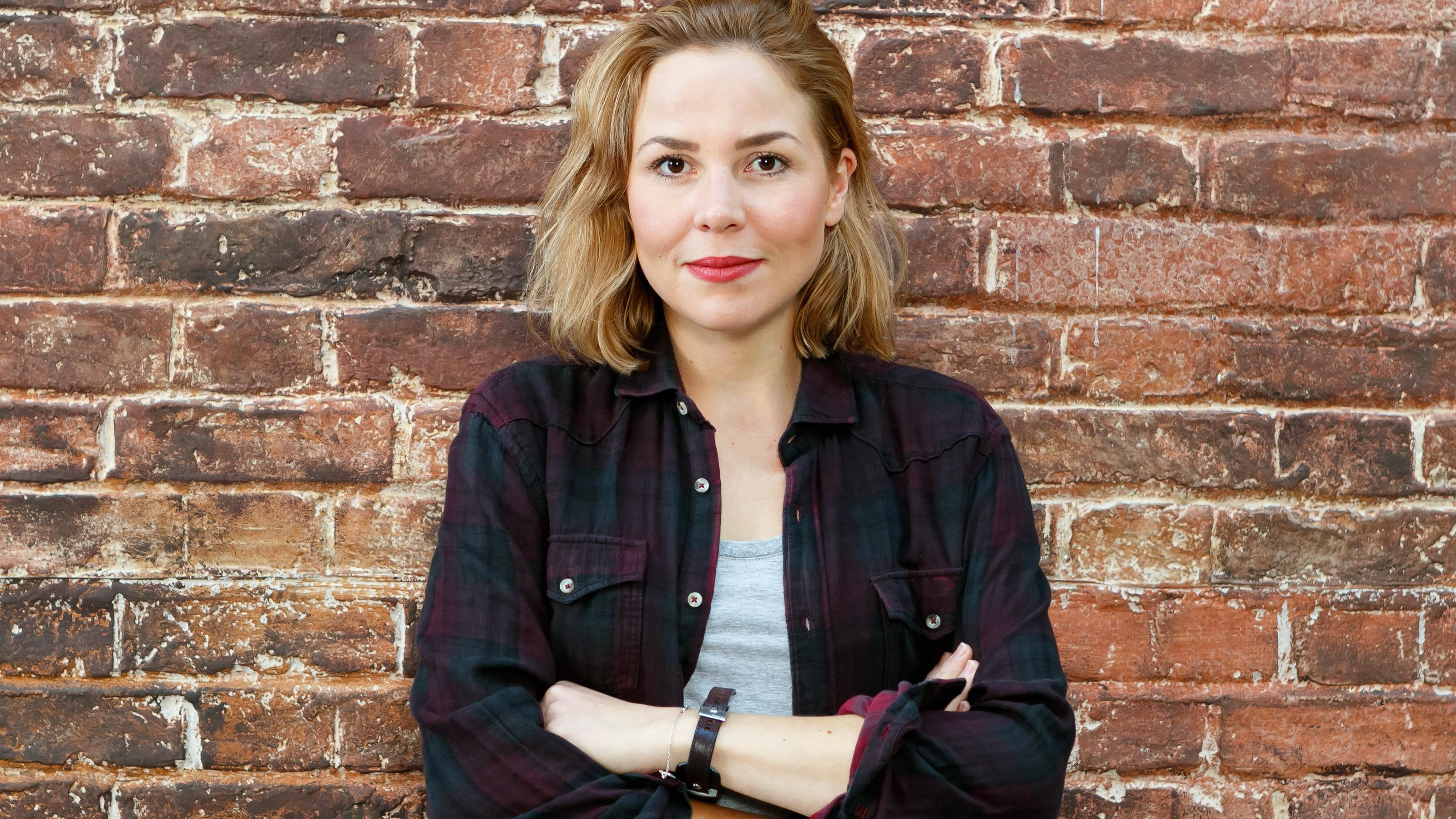 Alles was zählt: Ex-GZSZ-Star Franziska van der Heide spielt jetzt bei AWZ mit - RTL Online