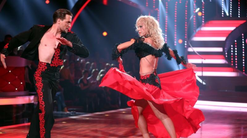 Lets Dance 2014 Alexander Klaws Und Isabel Edvardsson Tanzen Im