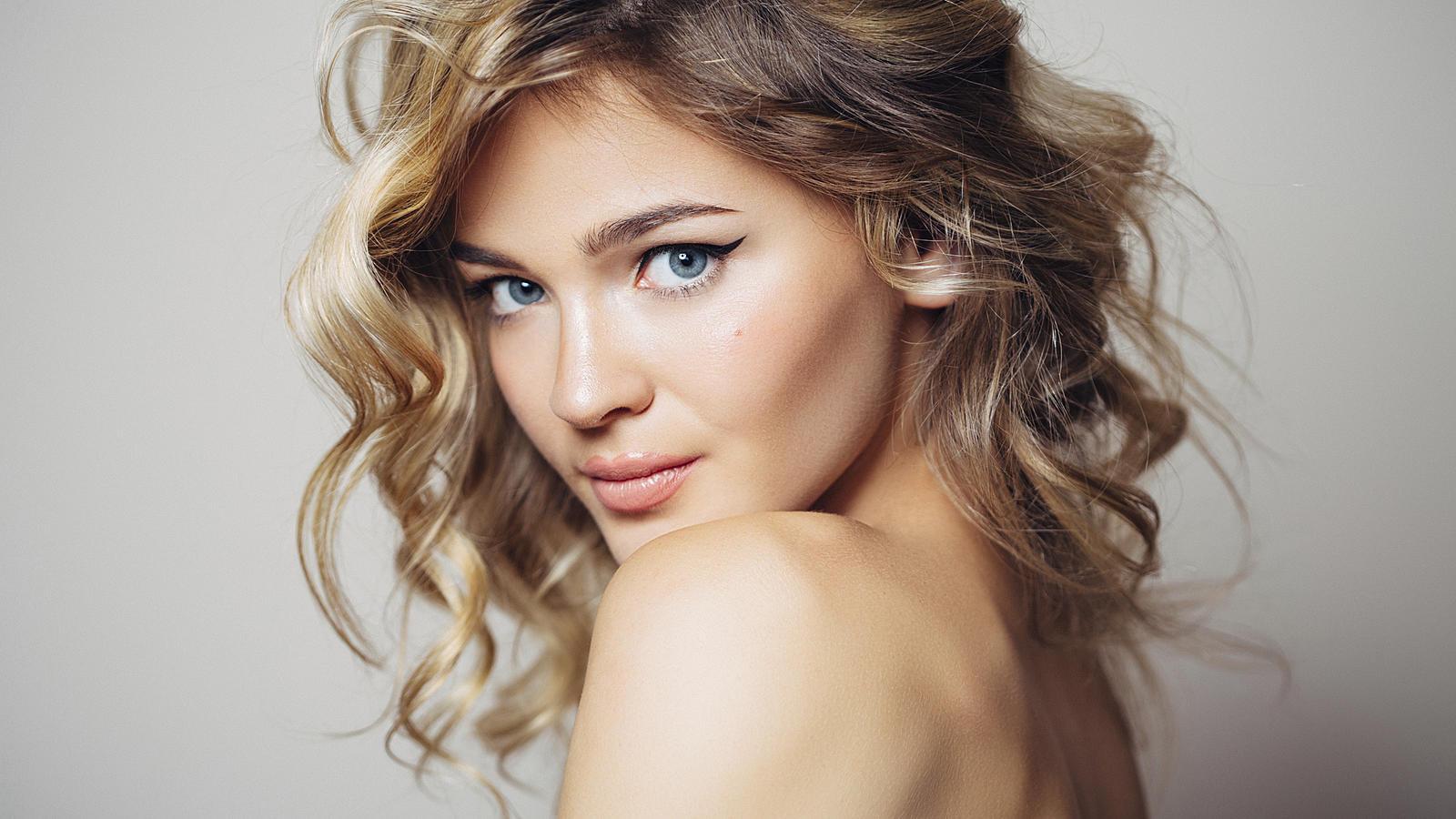 Naturlocken Frisieren Tolles Styling Für Lockige Haare