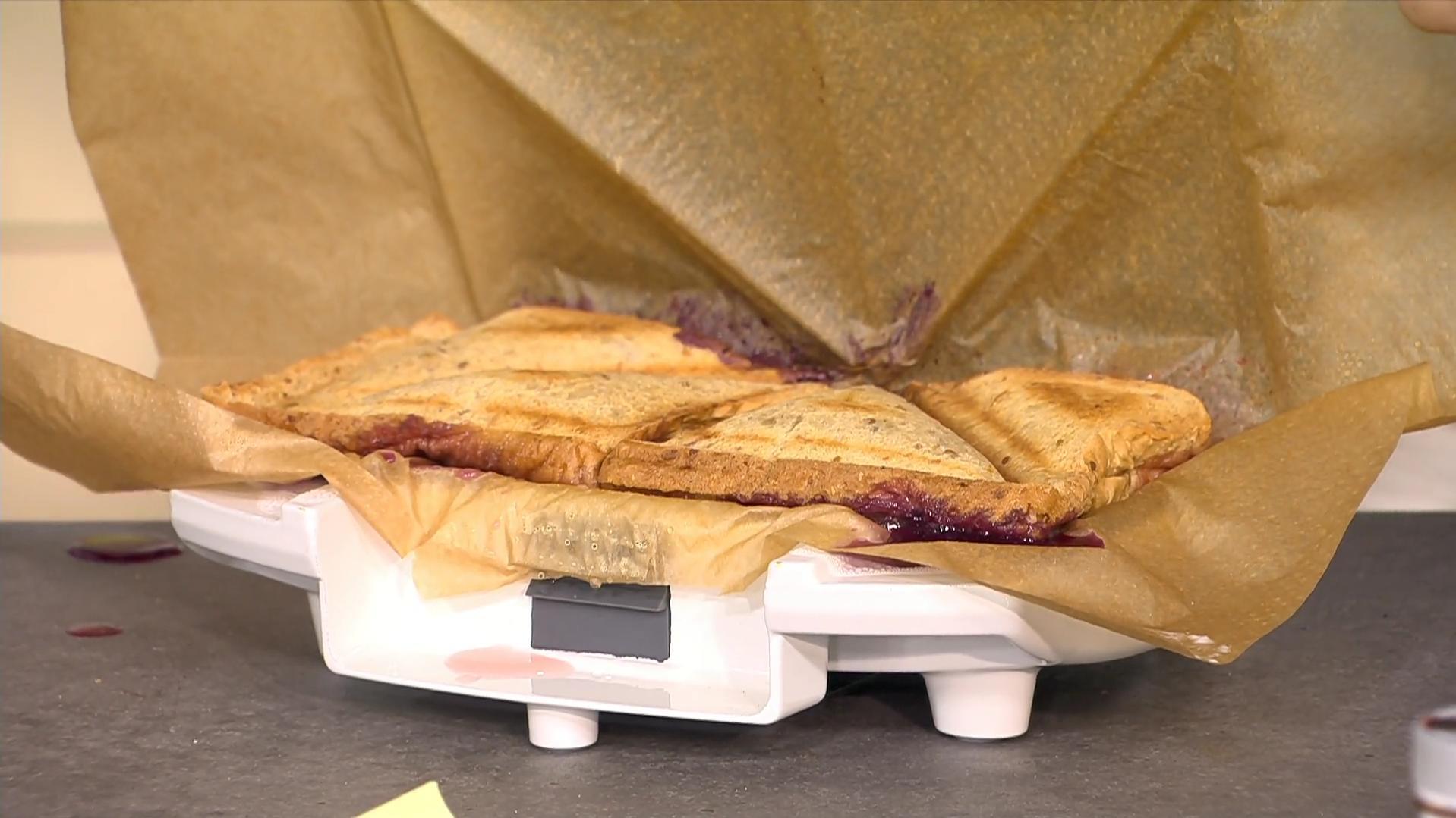 Blitz-Rezepte für den Sandwichmaker: Lust auf Beerentoast deluxe, Pizzatoast und Apfeltaschen?