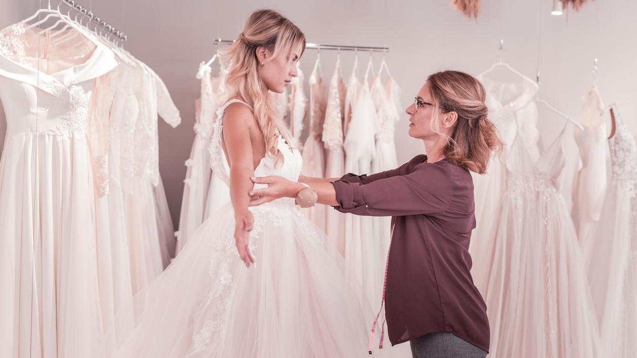 Günstige Brautmode: Brautkleider unter 13 Euro