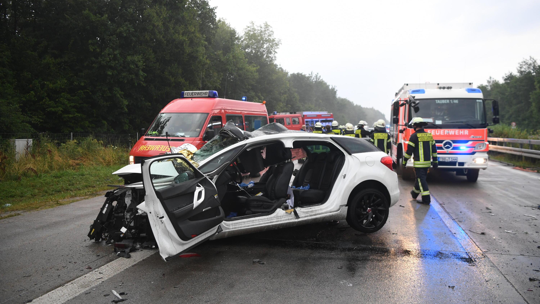 Autounfall Auf A81 Vier Tote Und Mehrere Verletzte