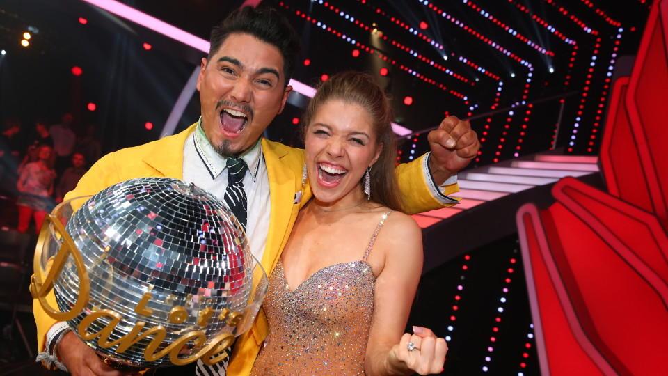 Lets Dance 2016 Victoria Swarovski Holt Sich Den Titel Dancing