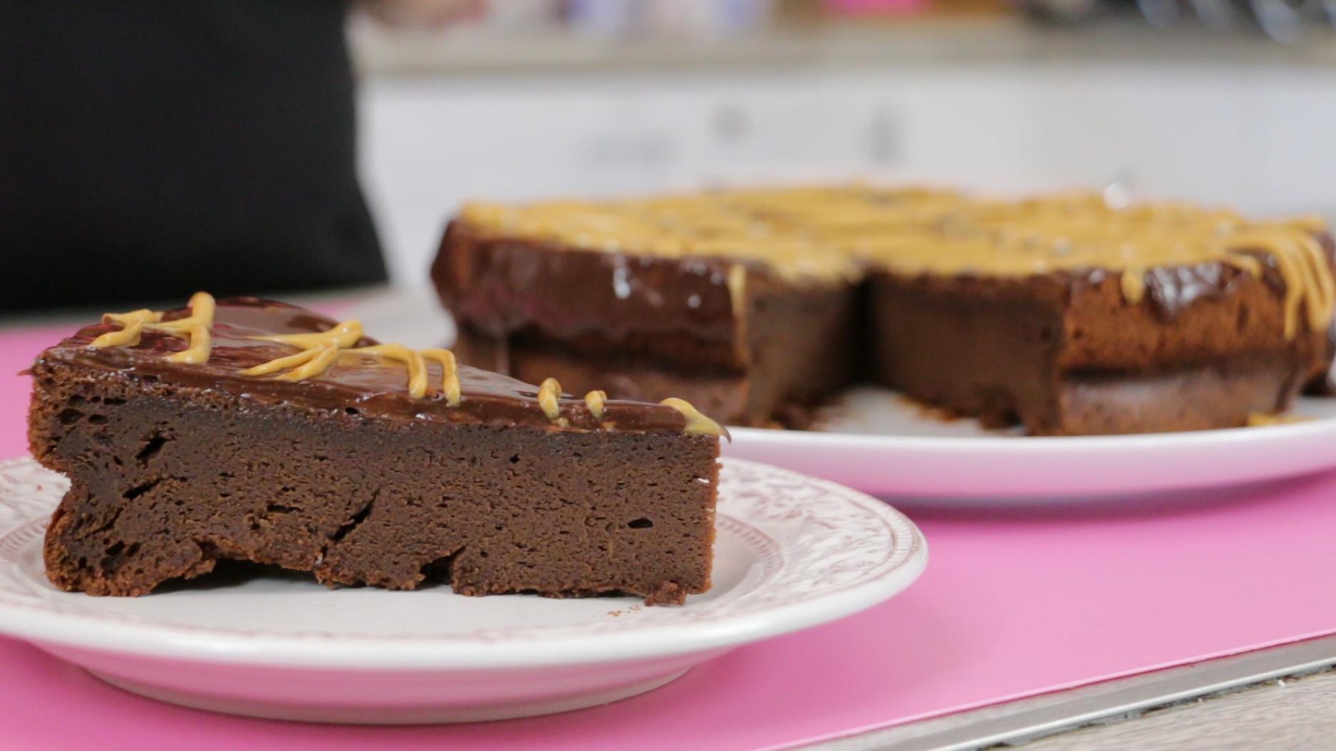 Erdnussbutter Schokoladen Torte Mit Nur Funf Zutaten