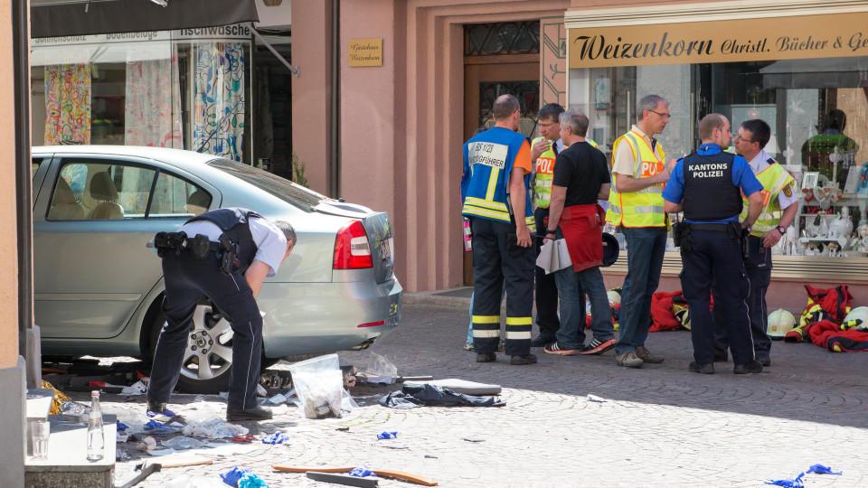 A14 Bei Leipzig Geisterfahrer 85 Verursacht Horror Crash Mit Zwei