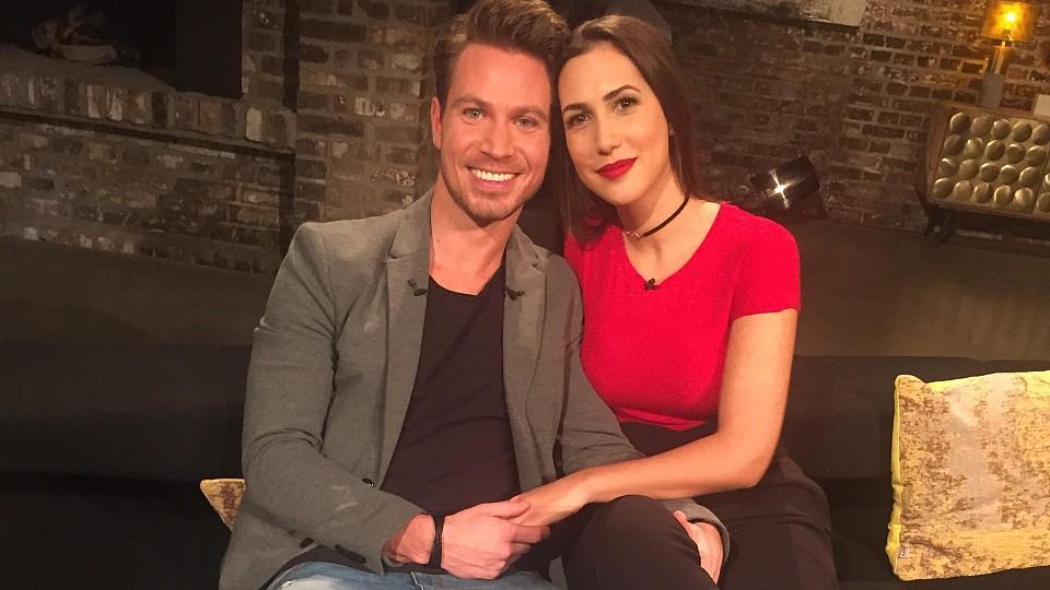 Der Bachelor 2017 Sebastian Und Clea Lacy Sind Glücklich Verliebt