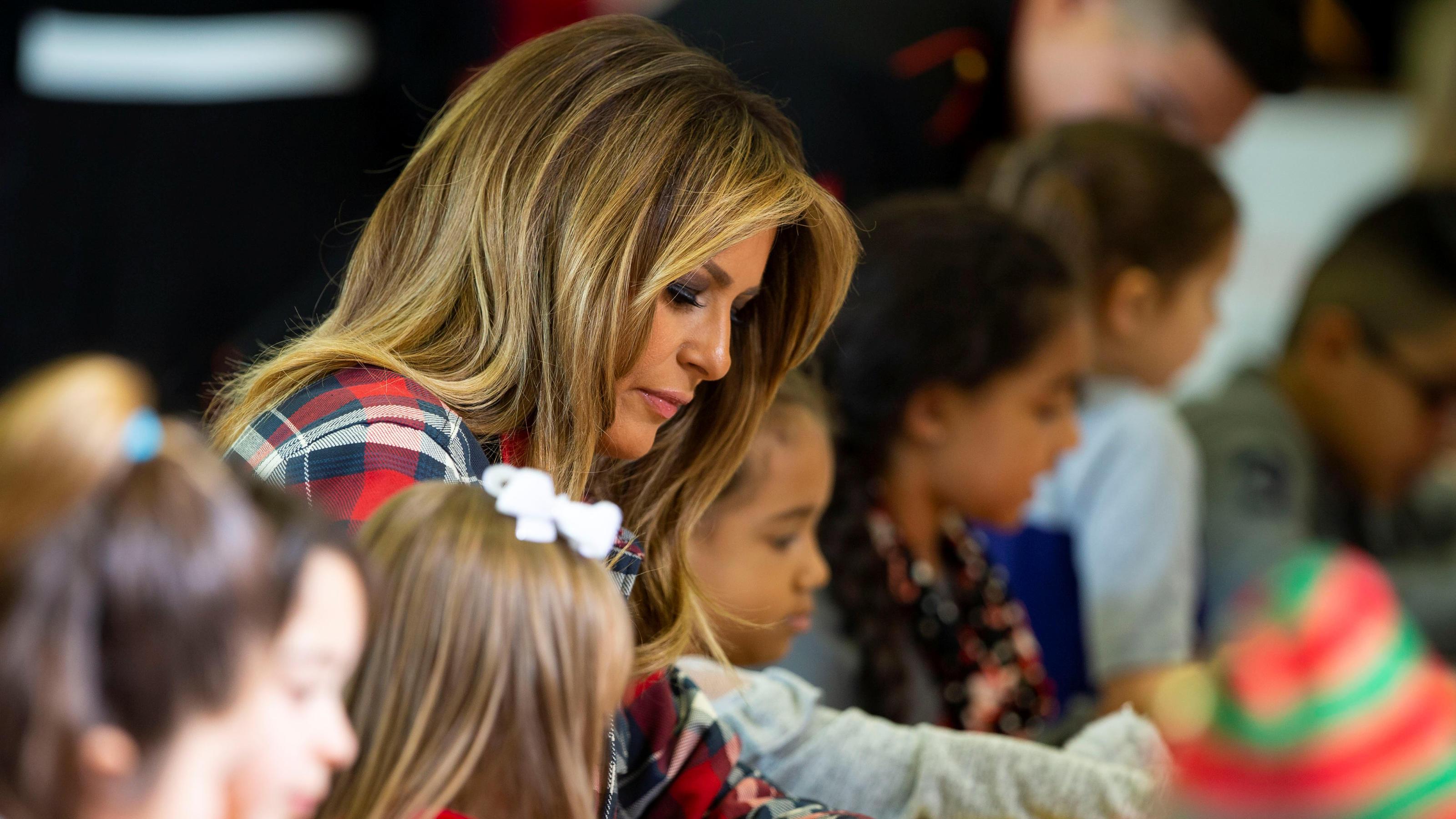 Melania Trump Was Ist Bloss Mit Ihren Haaren Los