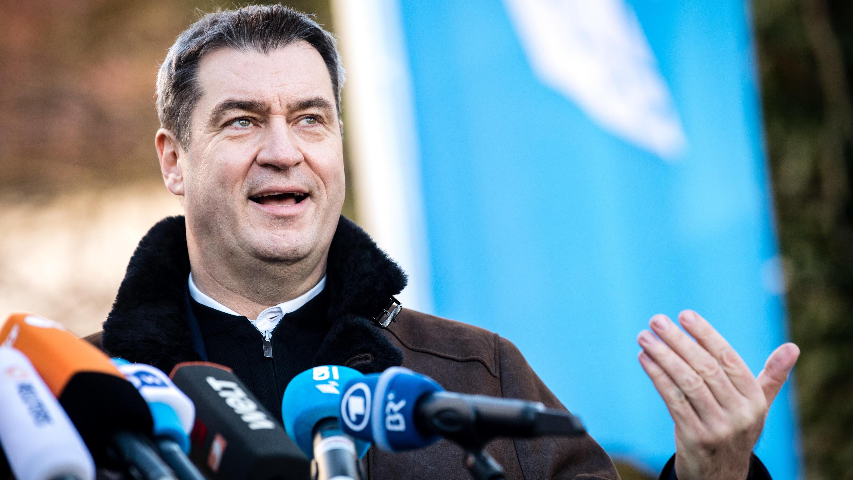 Berlin Mann Von Bundesfamilienministerin Franziska Giffey