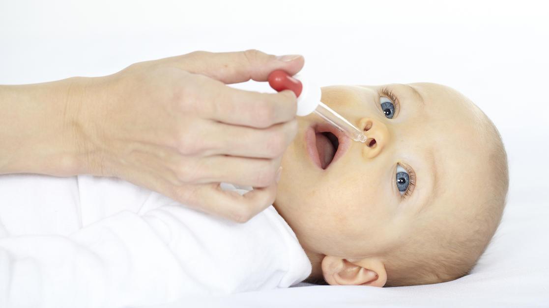 Baby Kopf Nach Hinten Gefallen