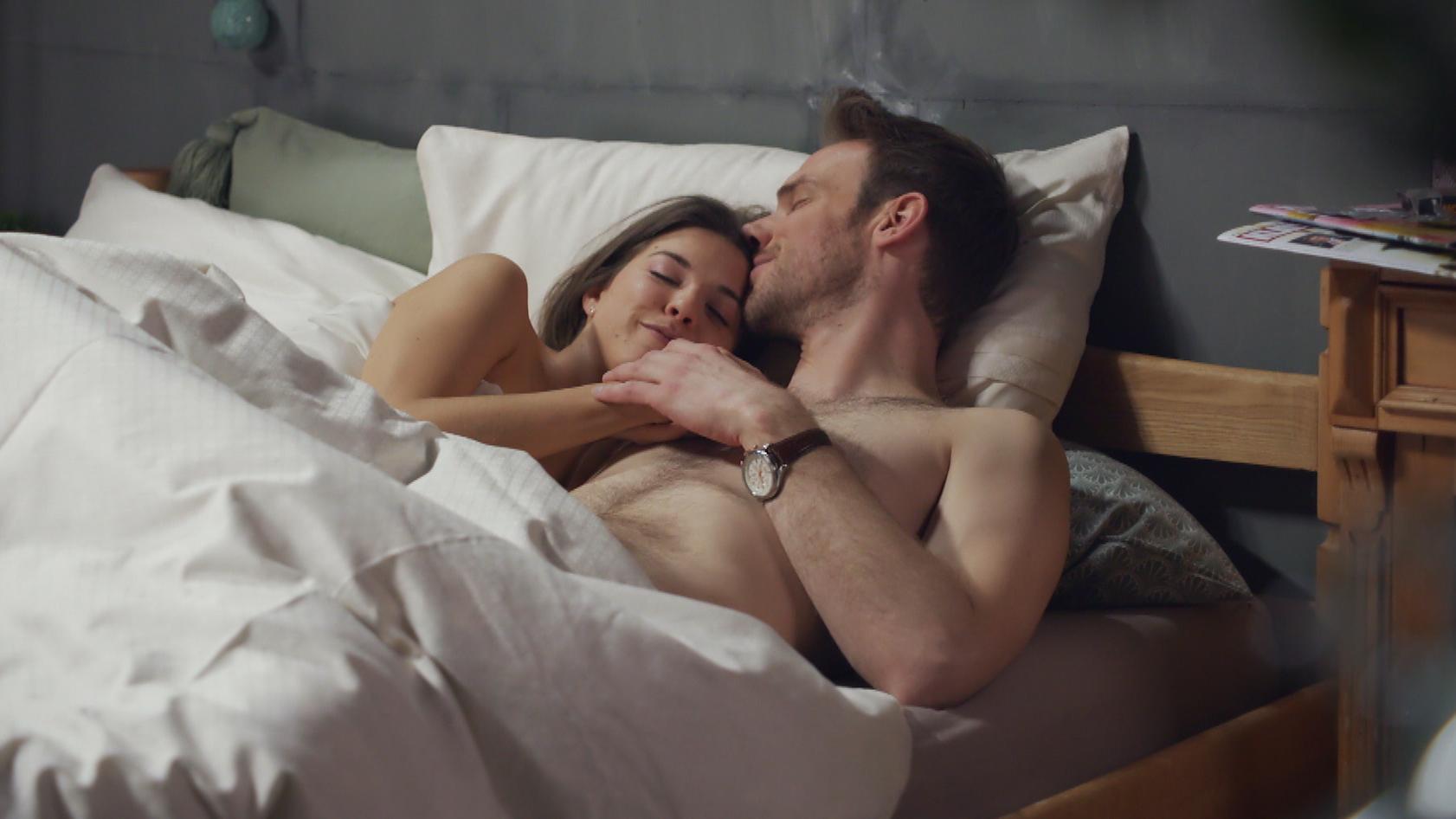 nackt zusammen liegen