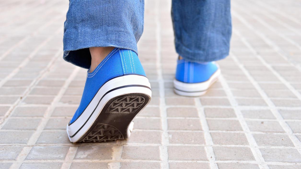 Was tun gegen quietschende Schuhe  Tipps und Tricks