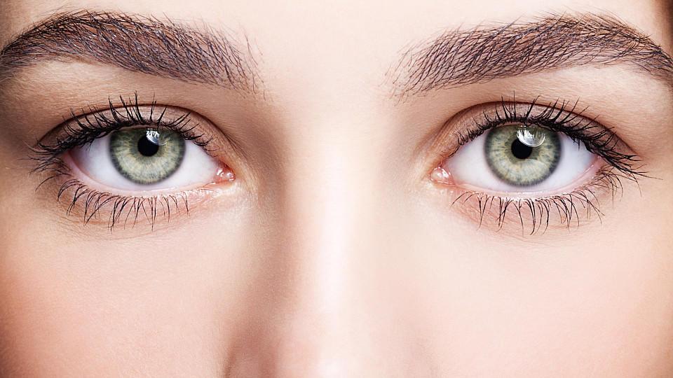 Grune Augen Schminken Diese Nuancen Passen Zu Ihrer Augenfarbe