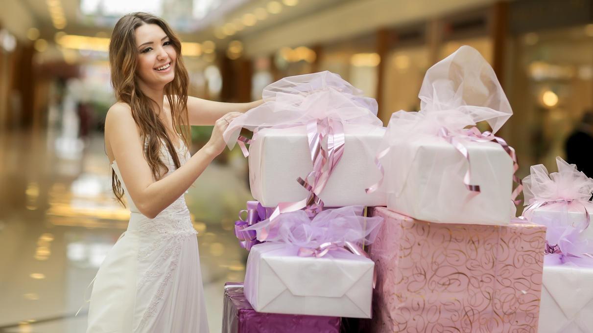 Hochzeitsknigge Fur Gaste Das Geschenk Wie Viel Ausgeben Was Schenken