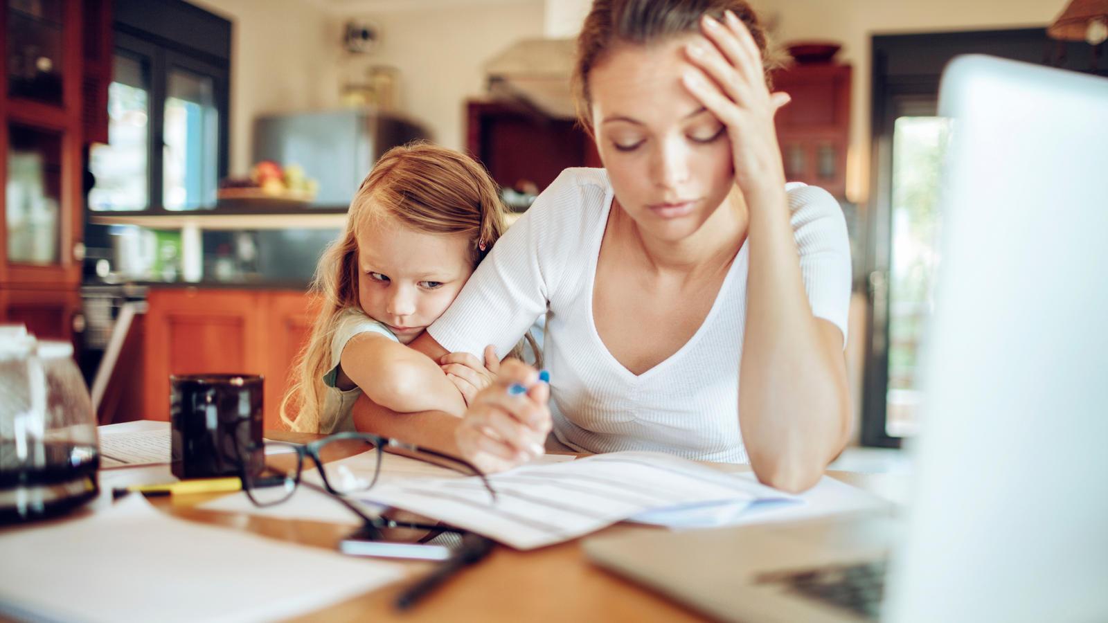 Stehen Eltern Unter Stress Wirkt Sich Das Auf Die Kinder Aus